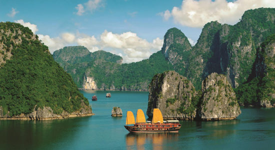 Ha_Long_Bay_Vietnam