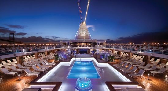 Oceania Classic Connoisseur - Ship Pool