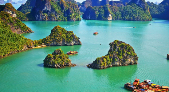 Vietnam-Halong-Bay-582×368