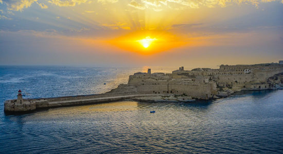 malta-sunrise-2160781