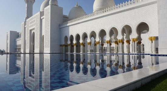 mosque-1978985_640